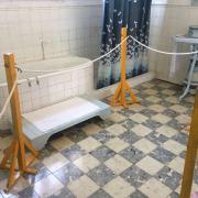 Este baño cuenta su propia historia, ya que cuenta con elementos avanzados a su Época en el siglo XIX