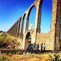 El Acueducto del Padre Tembleque siendo patrimonio cultural de la Humanidad (UNESCO) es un sitio que debes visitar al pasar por la Hacienda San Antonio Tochatlaco y al visitar Zempoala, Hidalgo
